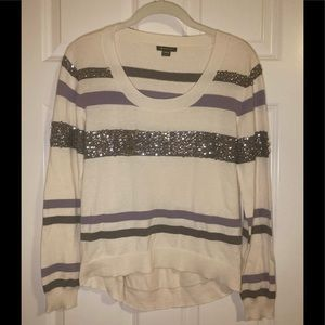 NWOT I 💜 Ronson scoop neck sweater with bling.